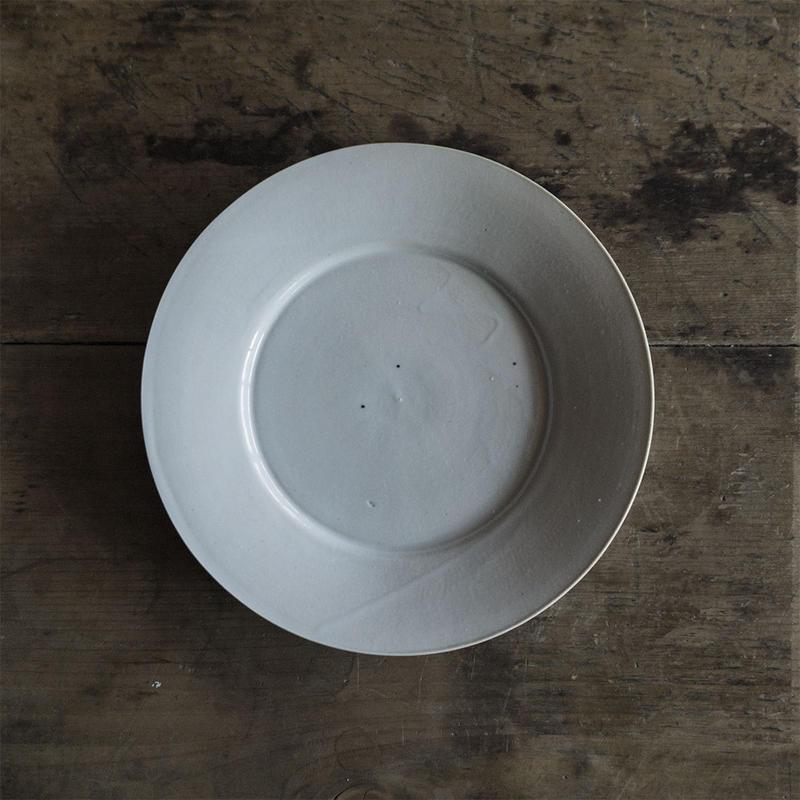 安齋新厚子 白磁ケーキ皿