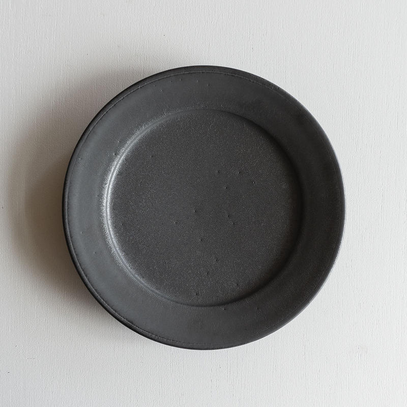 船串篤司 黒釉リム皿24φ
