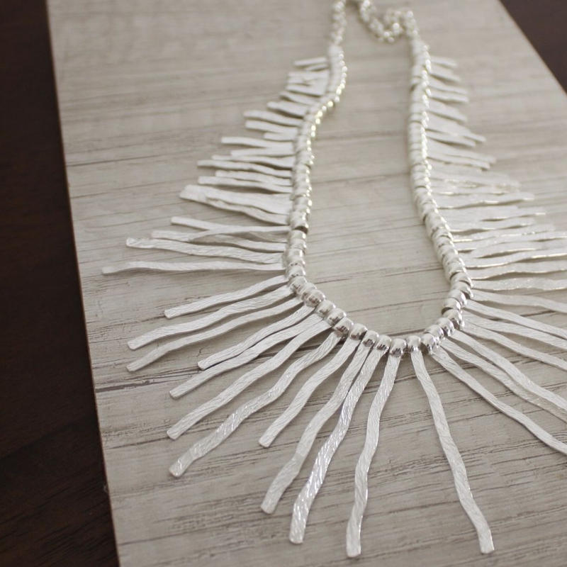 plate_necklace