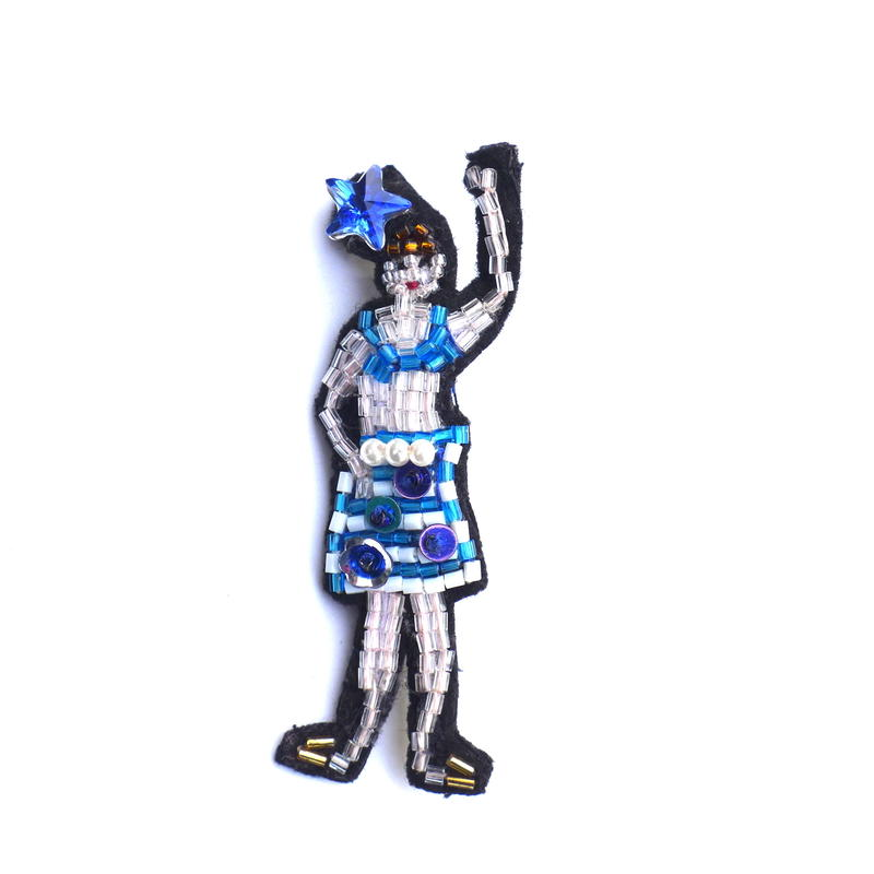 スイムガール . swimming girl  | ビーズブローチ hand made beads brooch