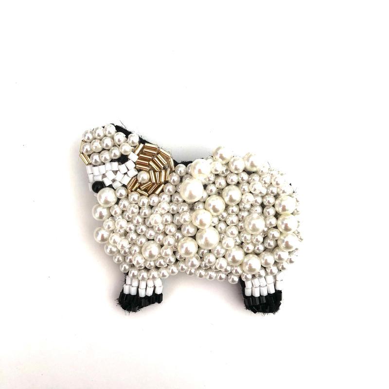 羊 | ビーズブローチ