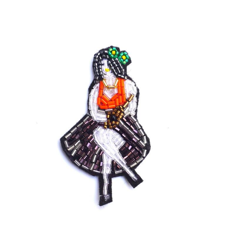 ミセスウクレレ Mrs.ukulele | ビーズブローチ hand made beads brooch