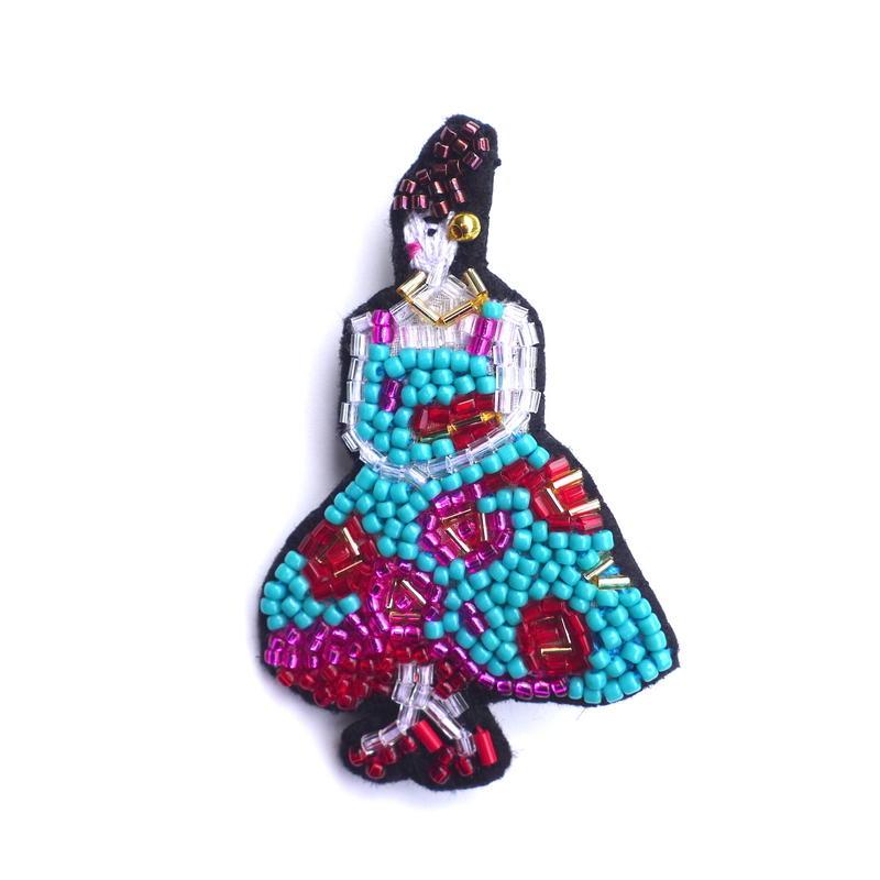 晩夏のカフェテラスにて Café Terrace at Night  | ビーズブローチ hand made beads brooch