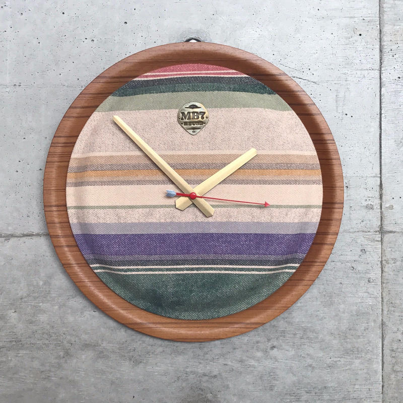 MB7r OLD LINEN WALL CLOCK