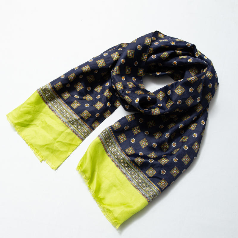 小紋柄スカーフ