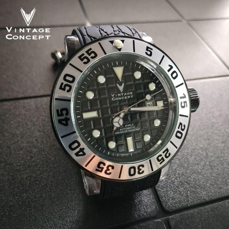 Vintage Concept メンズ 自動巻腕時計 50m防水 シルバーベゼル 50mm