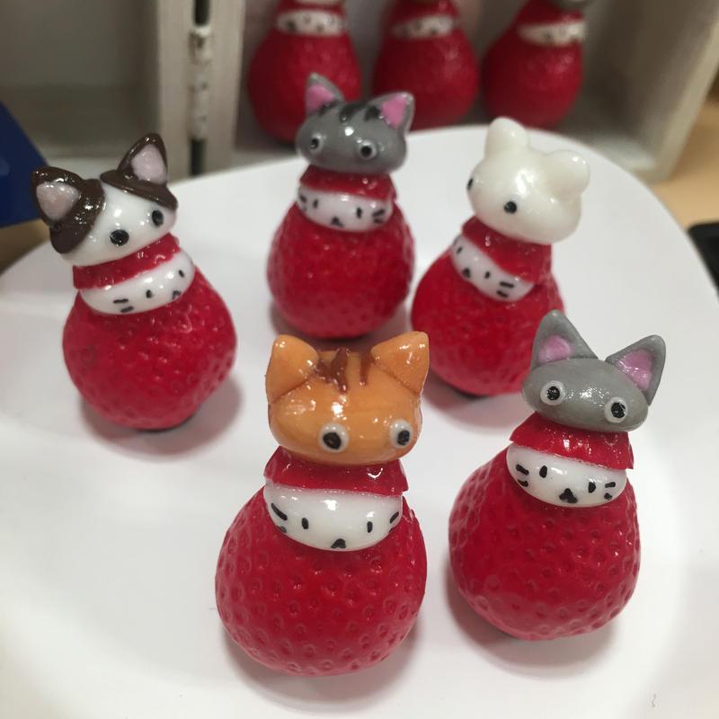 【苺ぼうや】猫かぶりマスコット