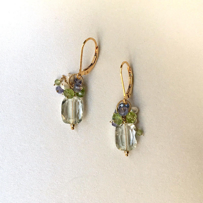 "bouquet pierce & earrings ""Blue, Green and Bouquet"""