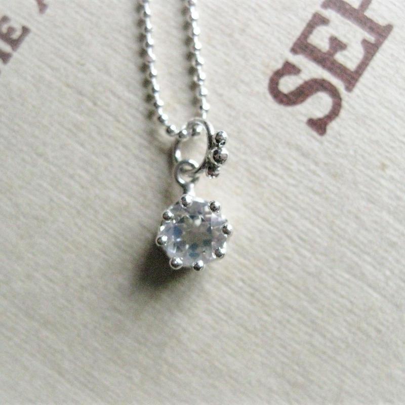 Milk Crown Necklace -Royal Blue Moonstone/cut -※受注後制作