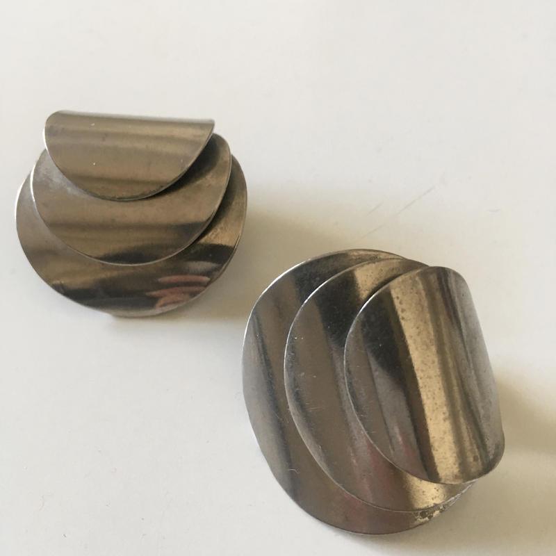 Vintage modernist silver tone earrings