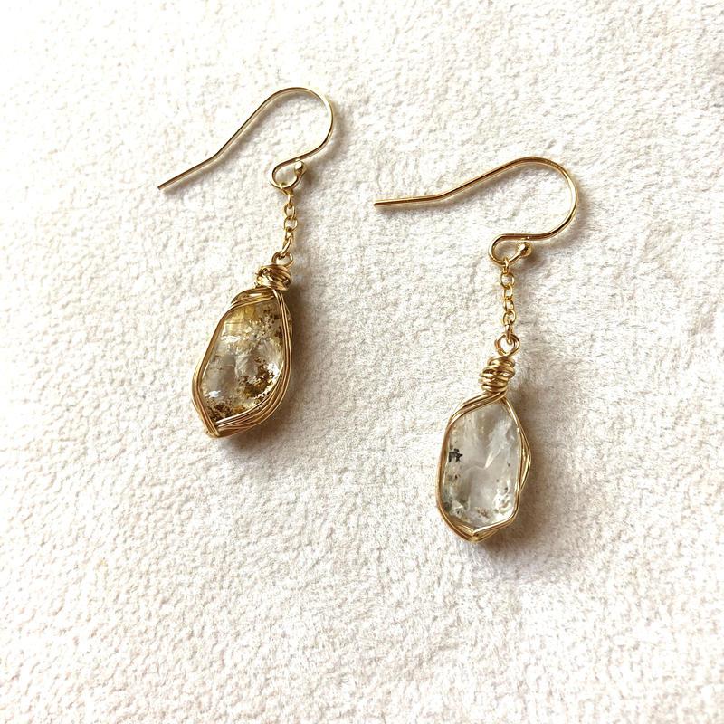 """山梨竹森水晶ショートチェーンピアス""""Crystal Realize™ Jewelry"""""""