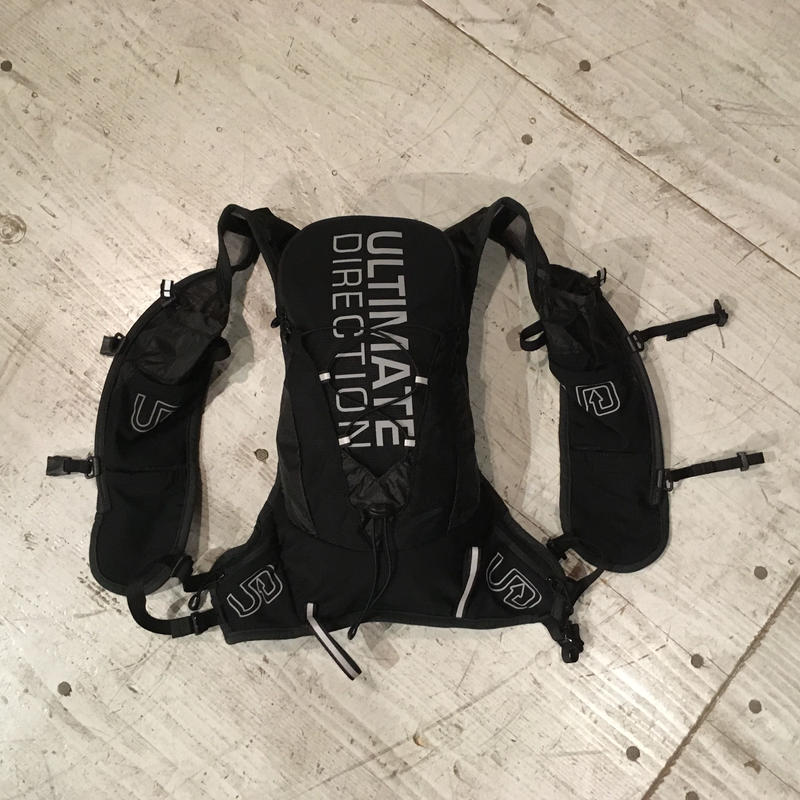 ULTIMATE DIRECTION 『RUNNERS VEST 4.0』日本限定モデル