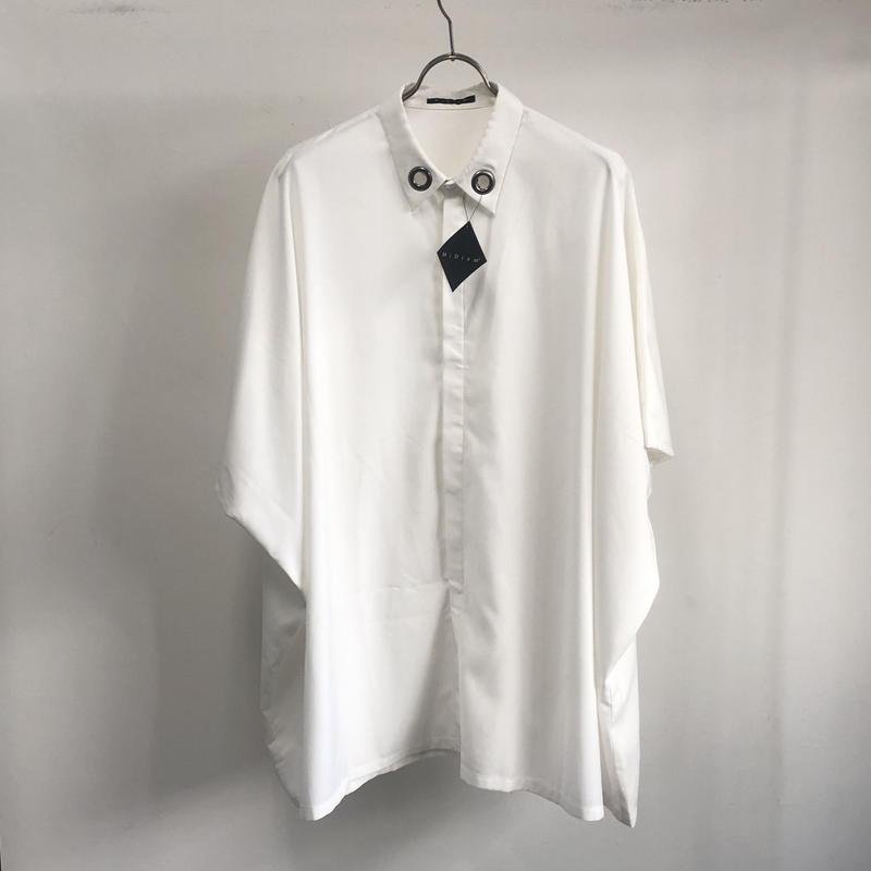 【Sample】 スクウェアハトメシャツ