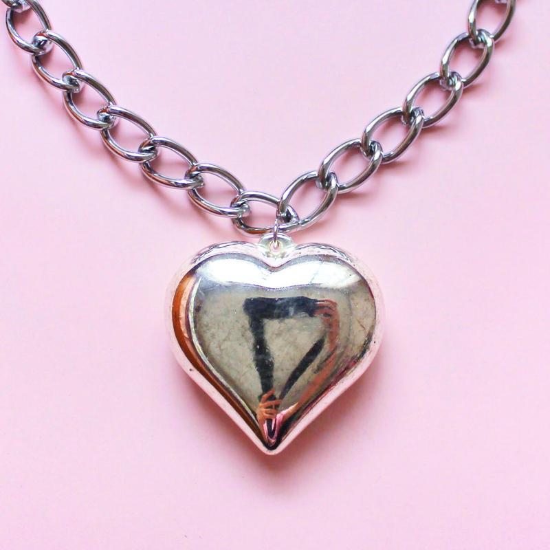 シルバーハートチェーンネックレス/ Silver Heart Chain Necklace