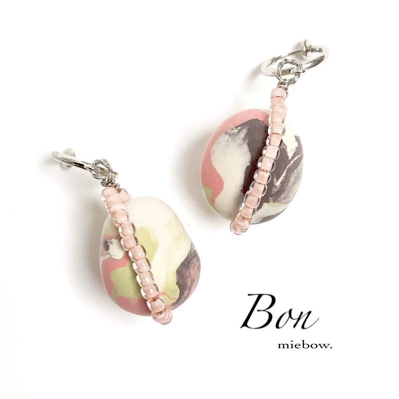 Bon  /  017
