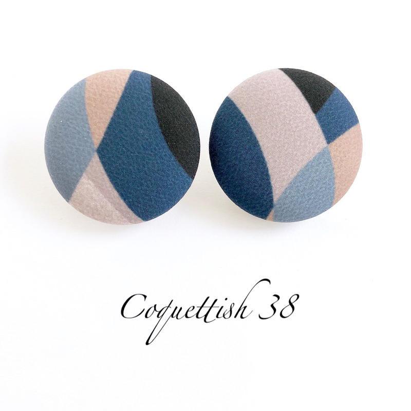 Coquettish38  /  013