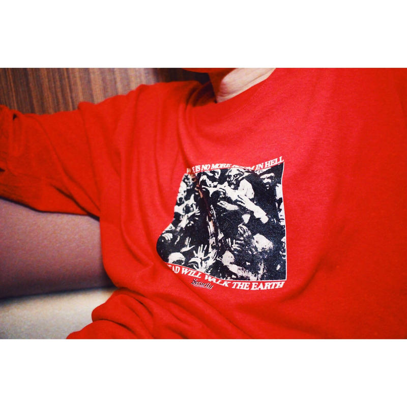 Dead walk the earth L/S Tee