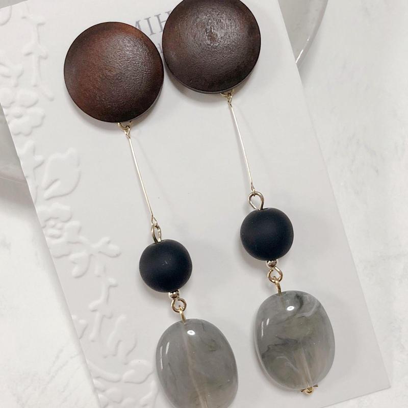 Metal × Stone(gray)〈ピアス〉