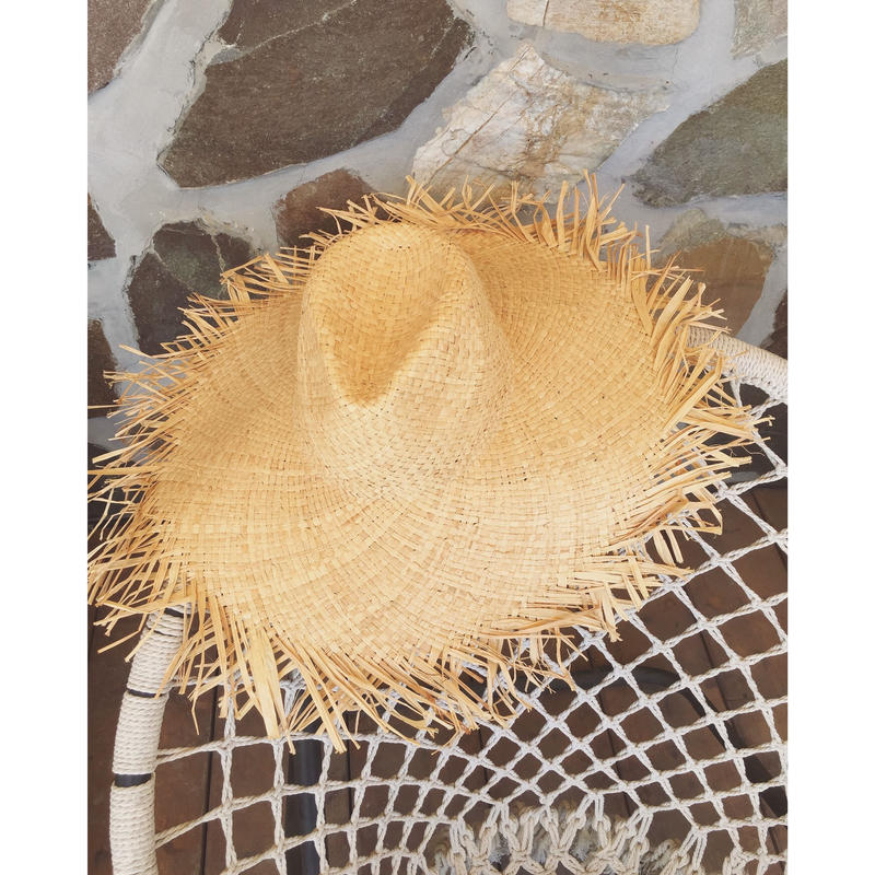 STRAW FRINGE HAT