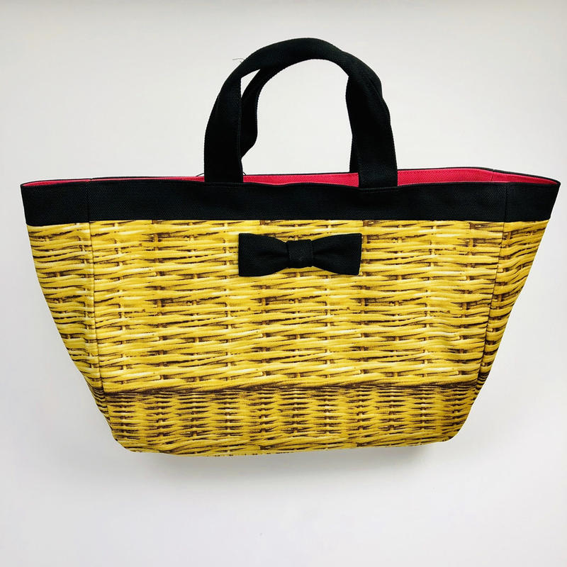 intoxic fake basket black