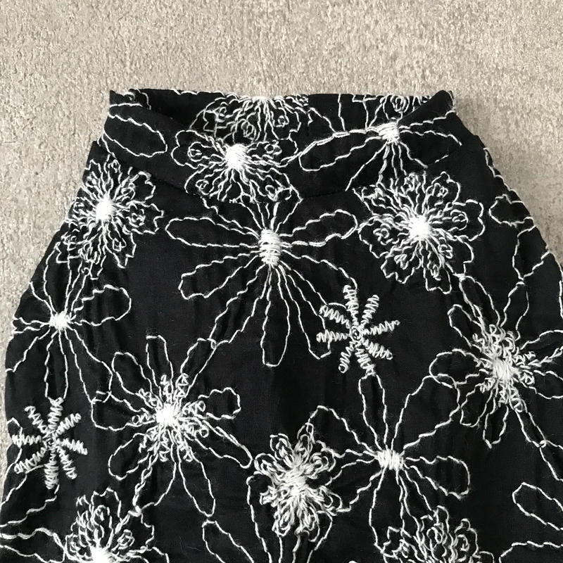 ORIGINAL flower tank top . [ black ]