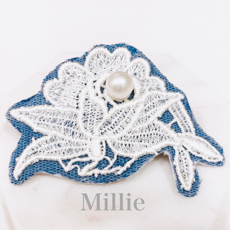 Antique Lace Barrette