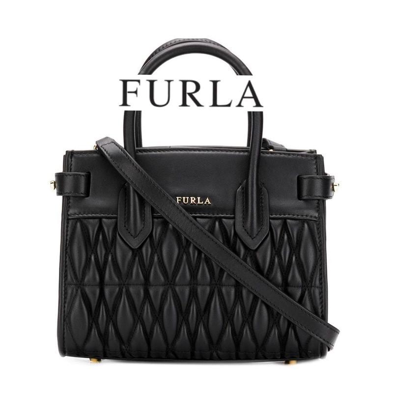 FURLA ラムレザー キルティング ハンドバッグ