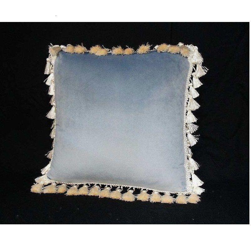 ジェニファーテイラー  クッション ベロア ライトブルー  品番:vv-32918cu