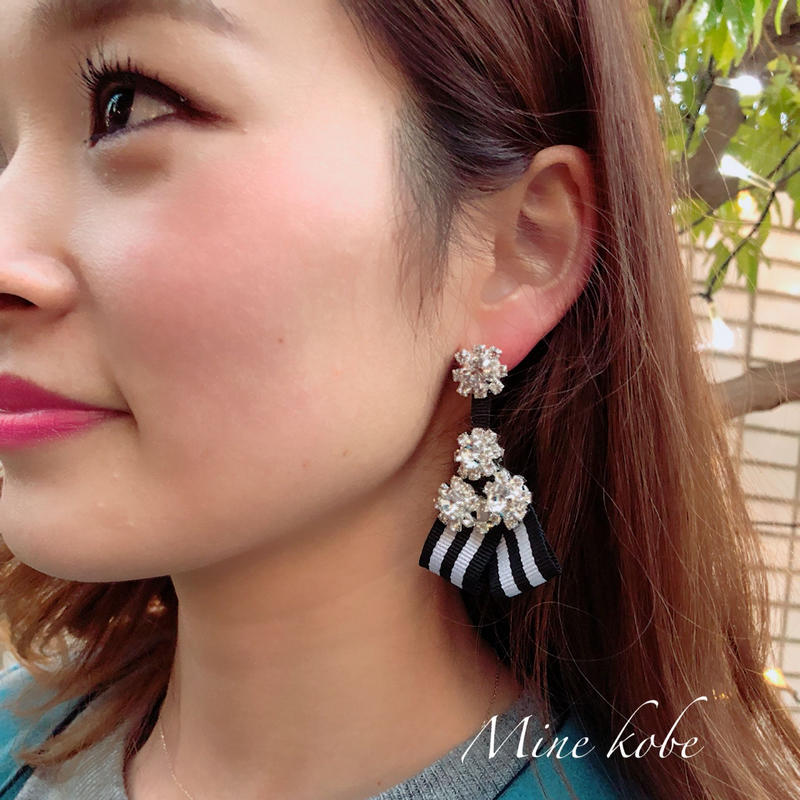 stripe ribbon bijou pierce