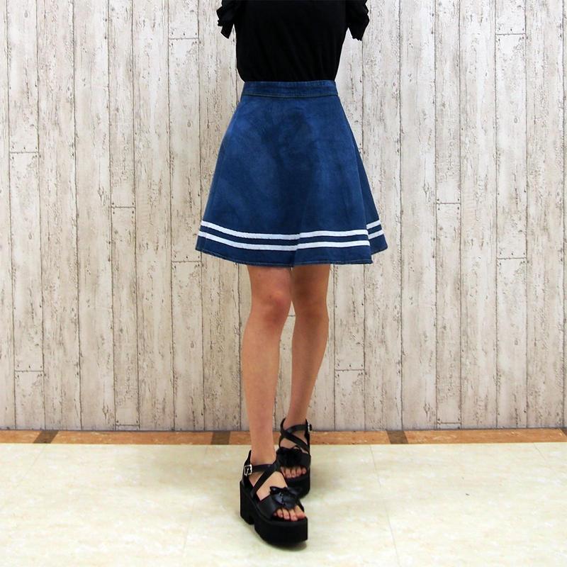 デニムラインフレアスカート