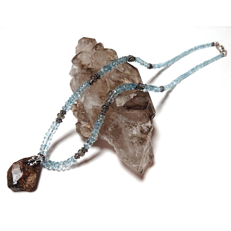 【数値10】通称「石の先生」が提供する、特殊な「ハイパーラジウム鉱石」を使用したオーダーメイドペンダント(※参考価格103,000円)