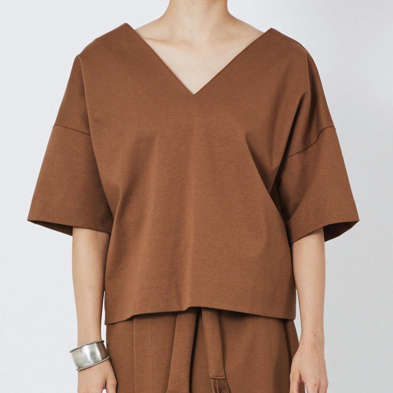 SMOOTH V NECK SHIRTS  スムースVネックシャツ(CAMEL)