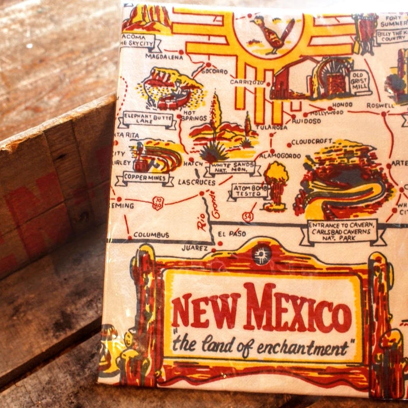 """""""RED AND WHITE KITCHEN COMPANY"""" Kitchen Towel(NEW MEXICO)"""