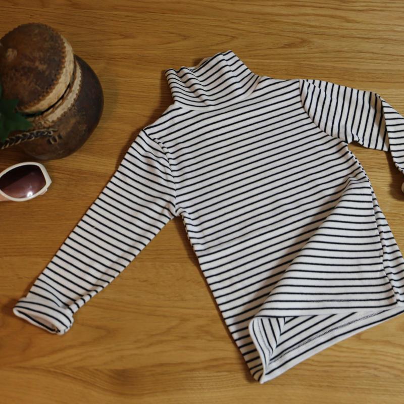 ストレッチハイネックTシャツ ストライプ(ホワイト×ブラック)100cm