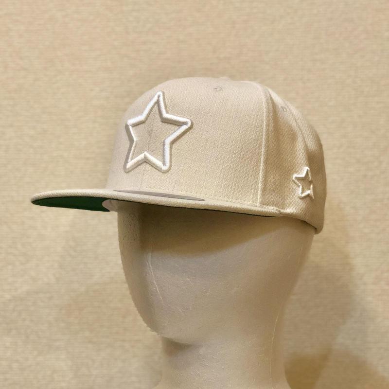 ALL WHITE WOOL CAP