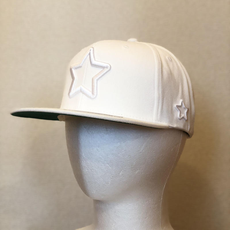 ALL WHITE CAP