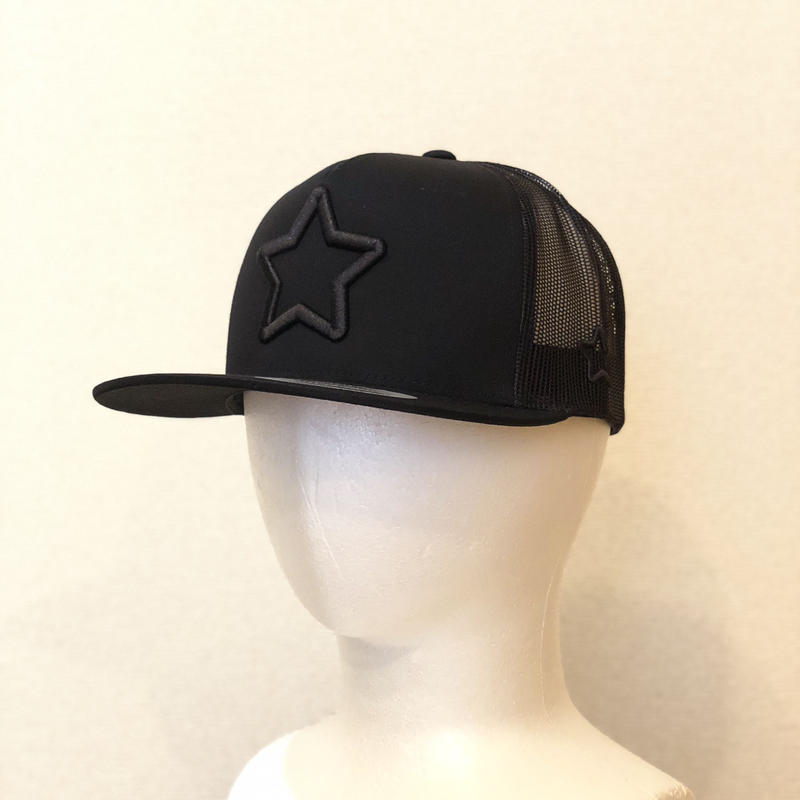 ALL BLACK MESH CAP