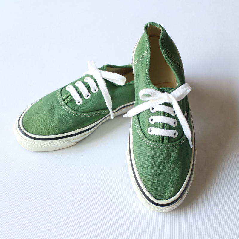 80's VANS AUTHENTIC [853]