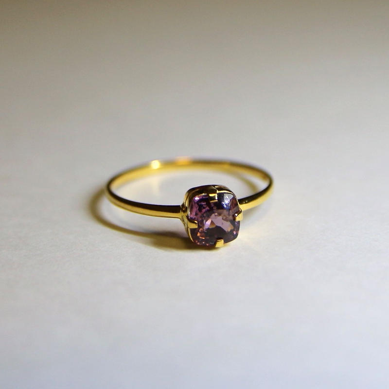 Mauve Spinel Ring