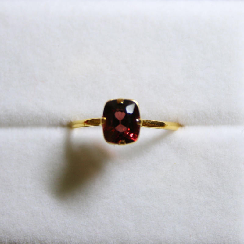 Cherry Spinel Ring