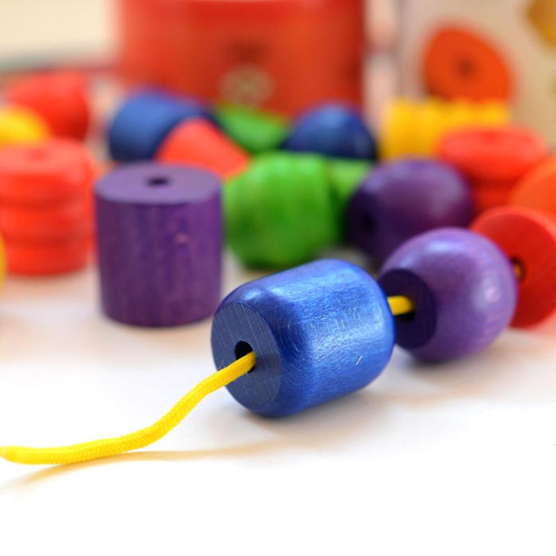 〈2才-4才〉【はじめてのビーズ】【指先を使う玩具/ひも通し】ジーナビーズ 筒箱入