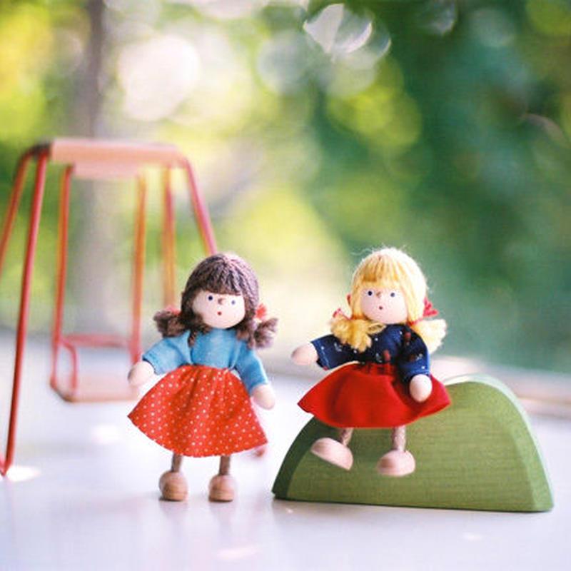 〈3才-〉【ドールハウス/人形】自在人形 女の子