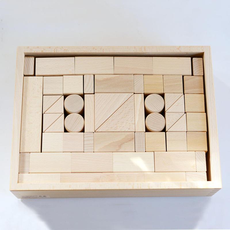 〈3才-〉【積木/基本の積木(基尺3.3cm)】基本つみき (117ピース/木箱入り)