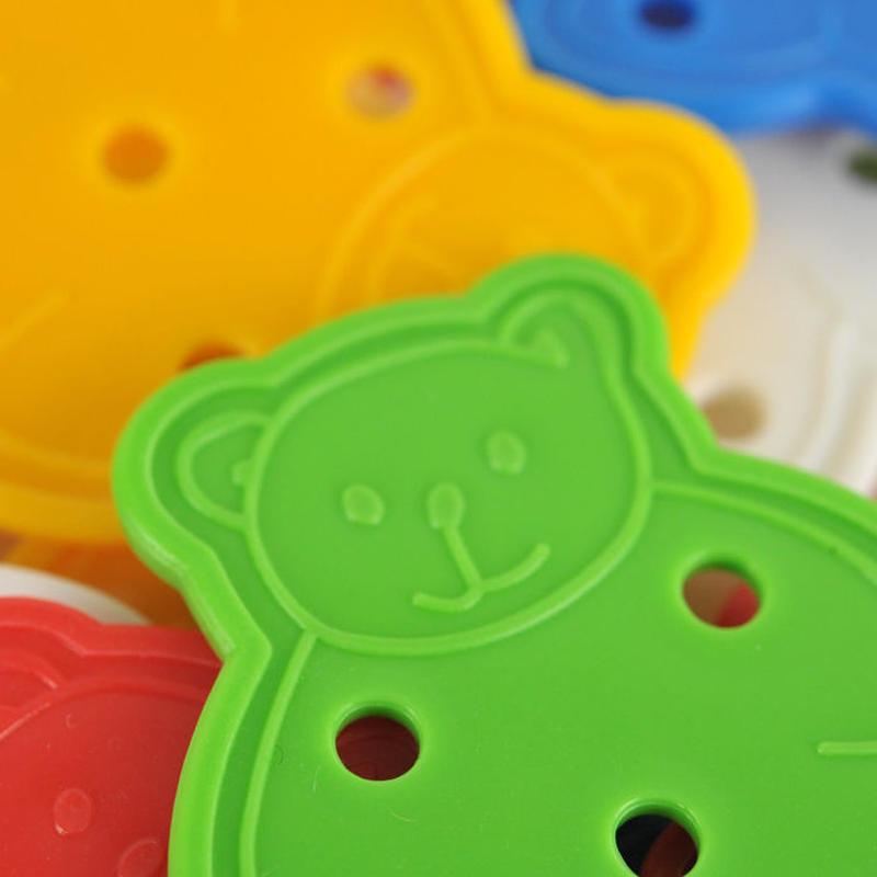 〈2才-〉【指先を使う玩具/ひも通し】【「数」の玩具】くまのひも通し