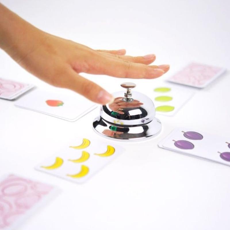 〈購入時期目安:6才〉【ゲーム/スピードを競う足し算の遊び】ハリガリ