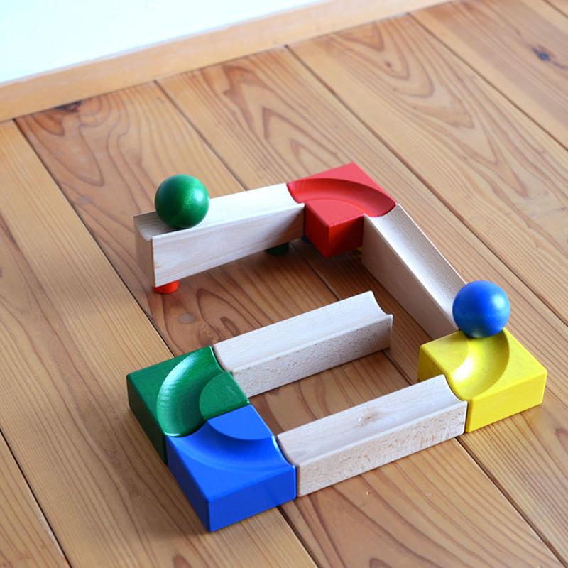 〈1才-〉【はじめての玉の道】【ジョイント式積木】CUBIO 玉の塔 ベビーパック