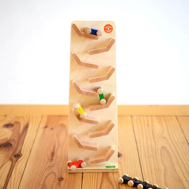 〈6ヶ月-〉【動きの玩具(見る→動かす)】ジャンピングカートレイン