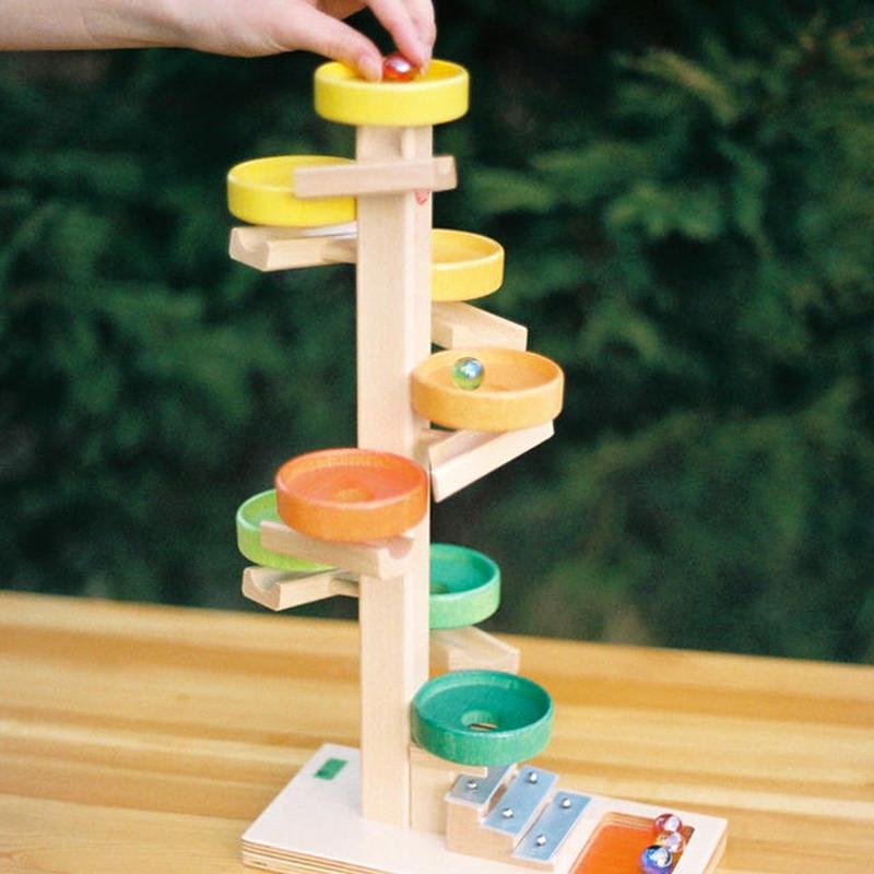 〈2才-〉【動きの玩具(見る→動かす】トレイクーゲルタワー・レインボー