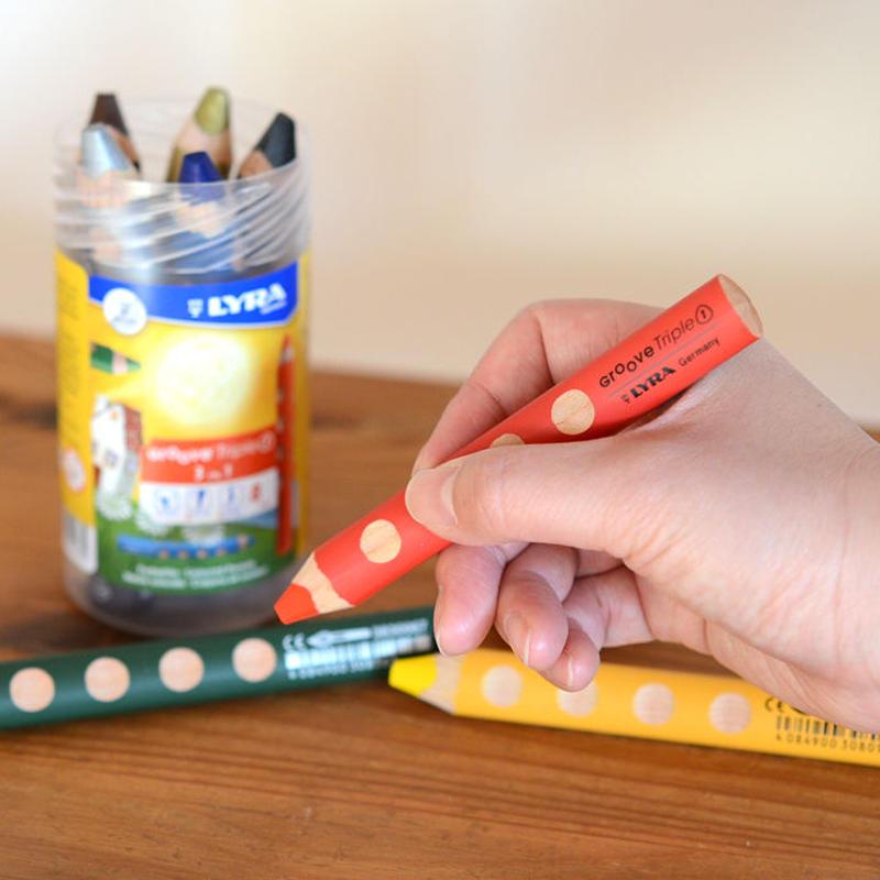 〈2才-〉【はじめての色鉛筆】グルーヴトリプルワン 8色PPボックスセット ( シャープナー付 )