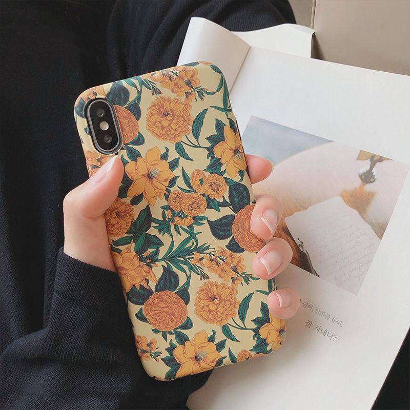 【N484】★iPhone 6 / 6s / 6Plus / 6sPlus / 7 / 7Plus / 8 / 8Plus / X / Xs ★iPhone ケース Sunflowers